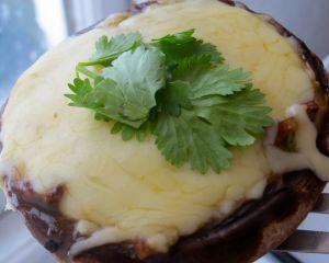 Pancetta & Garlic  Mushrooms and mozzarella